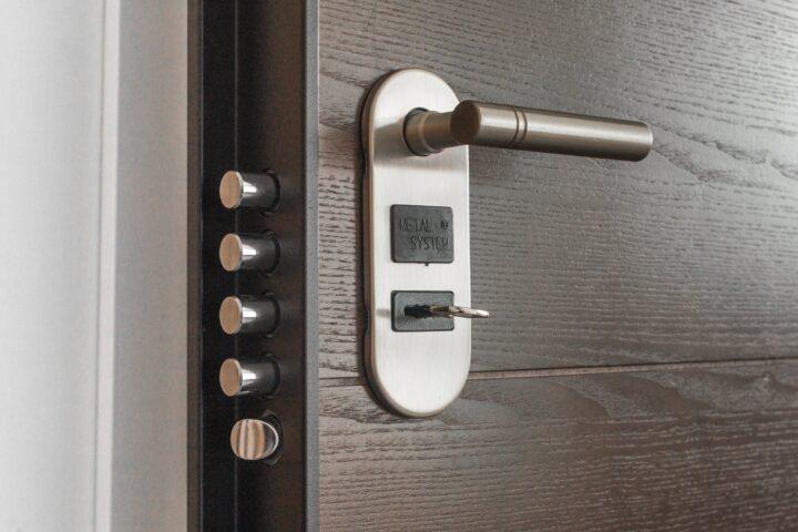 Lås døren – det betaler sig!